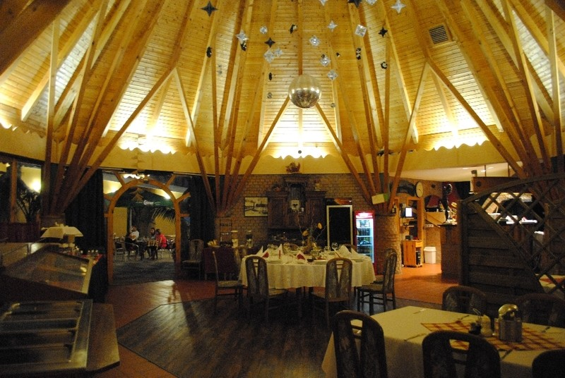 Hotel Makár Óbester Étterem