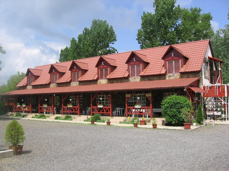 Hernád-Party Üdülőház